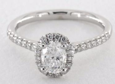 橢圓形鑽石